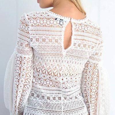 Lace Crew Neck Long Puffed Sleeves ..