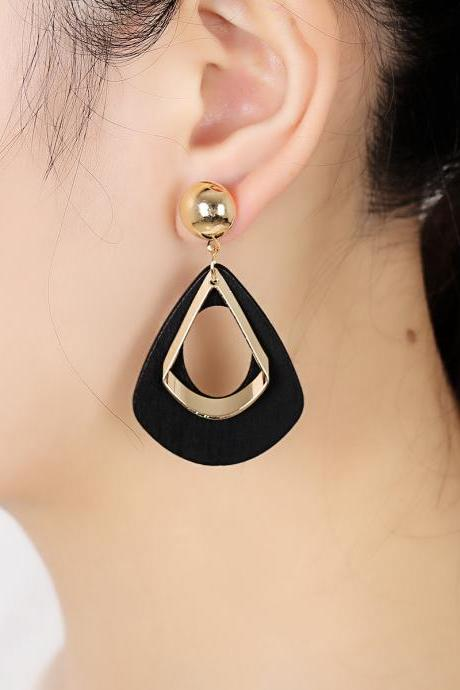 Geometric Exaggerated LvKong Droplets Pendant Earrings