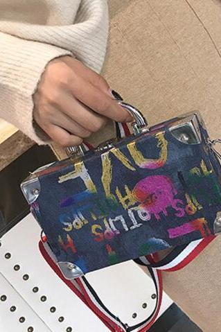Personality Graffiti Design Crossbody Bag