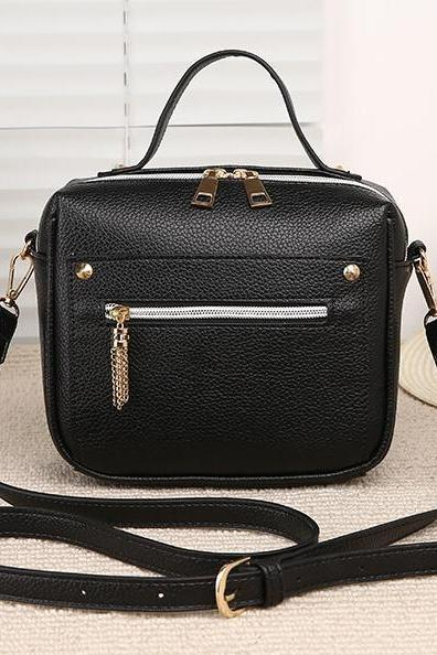 Metal Tassel Decoration Women Crossbody Bag