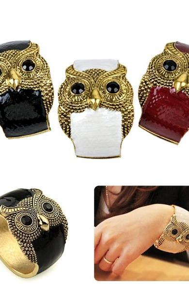 Women's Antique Punk Gold Tone Night Owl Pattern Enamel Bracelet