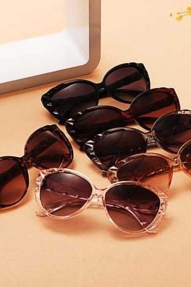 New Fashion Classic Retro Women Lady Stylish Vintage Style Sunglasses