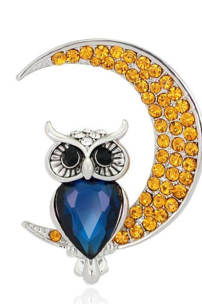 The new moon owl diamond brooch
