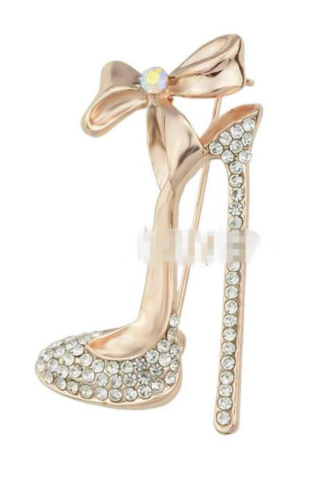 High heels full diamond brooch texture