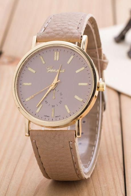 Simple Fashion PU Strap Watch