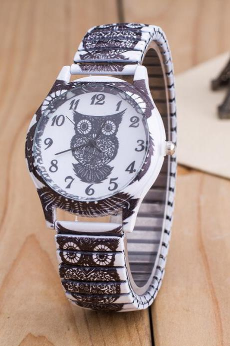 Owl Print White Alloy Watch