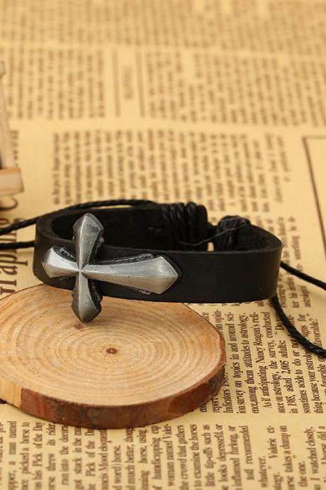 Personality Cross Decorate Leather Bracelet