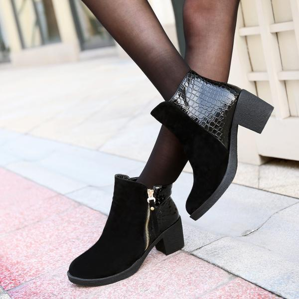 PU Chunky Heel Pure Color Round Toe Short Boots